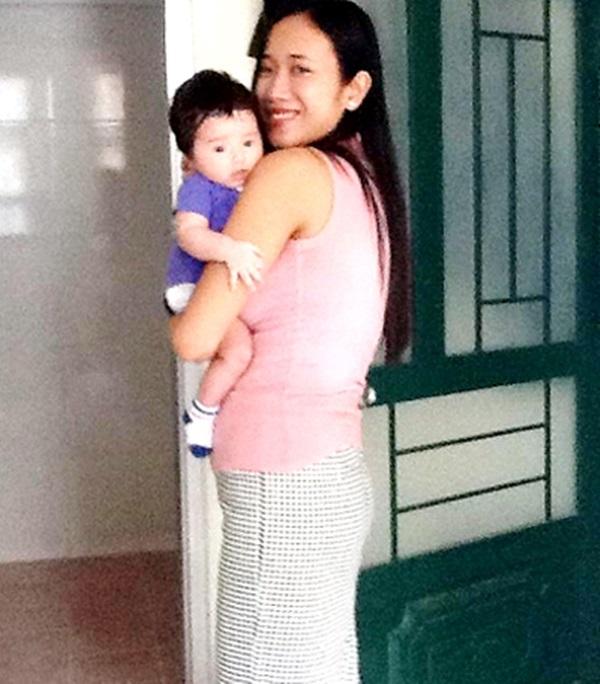 Chị Huyền và bé Sarah lúc còn ở Việt Nam - Ảnh: Internet