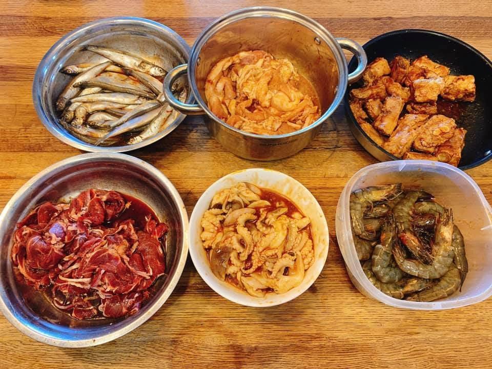 Mát trời lạnh lạnh ngồi cạnh bàn nướng thịt nướng Hàn Quốc cùng chai rượu thì cứ gọi là hết ý  - Ảnh 3