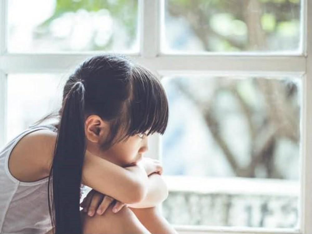 Trẻ giao tiếp kém, khó thành công khi thường xuyên chứng kiến cha mẹ cãi nhau - Ảnh 2