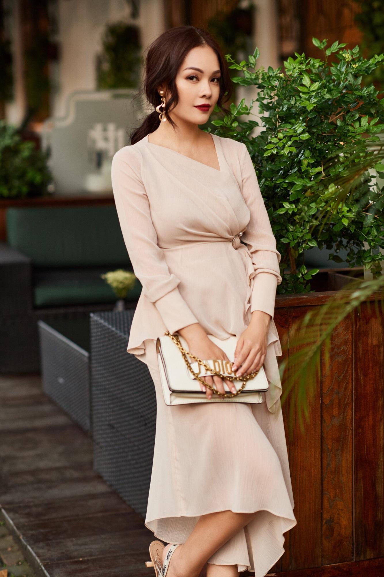 'Bà mẹ đơn thân' Dương Cẩm Lynh khoe nhan sắc rạng ngời với street style sang trọng - Ảnh 5