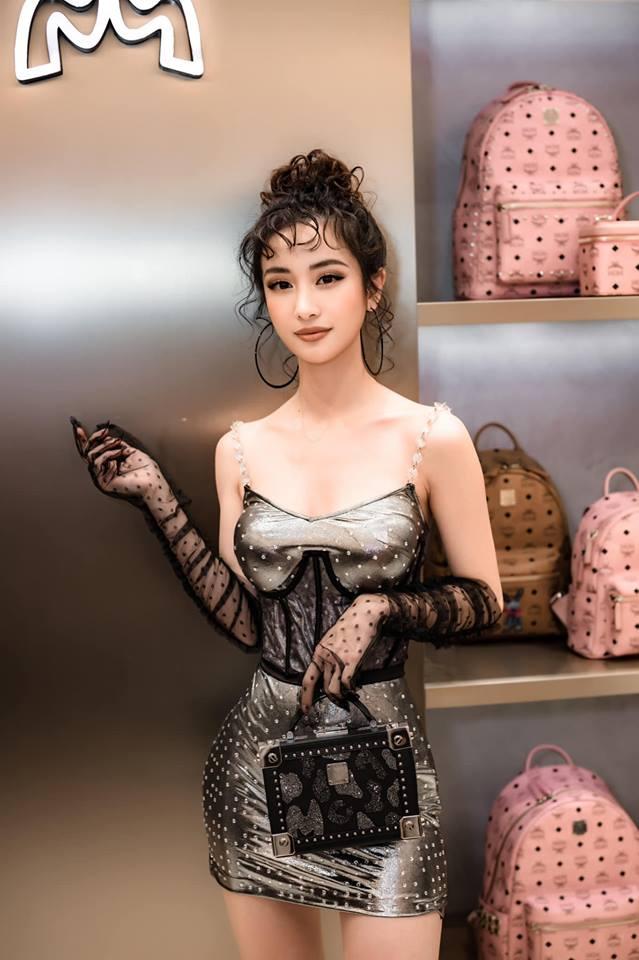 Jun Vũ 'táo bạo' tái xuất với style cổ điển khiến cộng đồng mạng khó lòng nhận ra - Ảnh 2