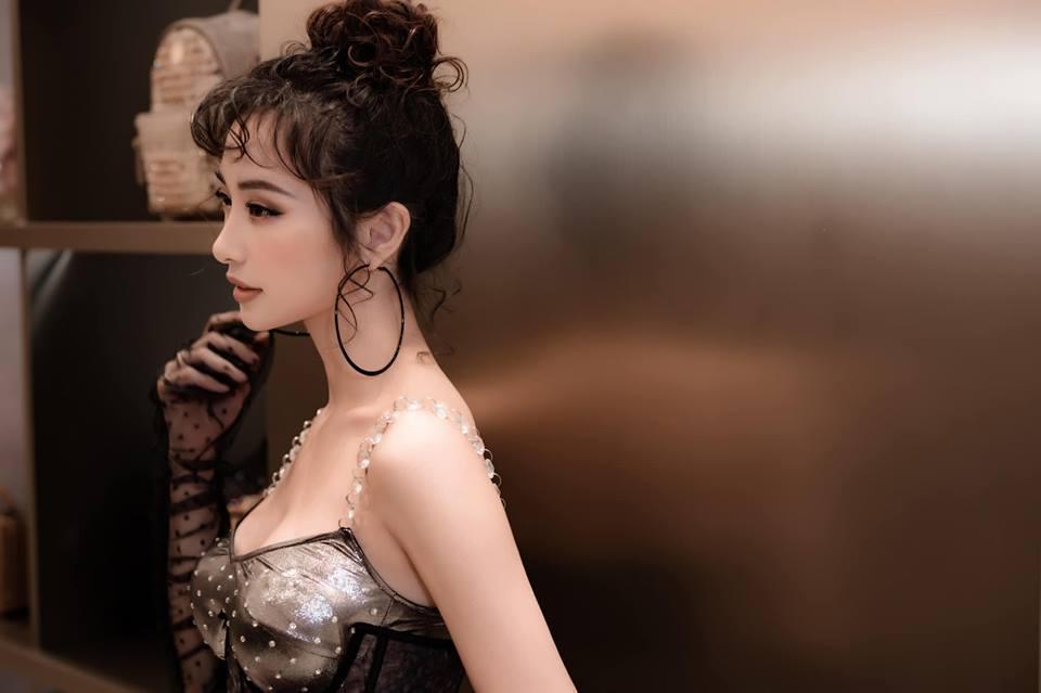 Jun Vũ 'táo bạo' tái xuất với style cổ điển khiến cộng đồng mạng khó lòng nhận ra - Ảnh 3