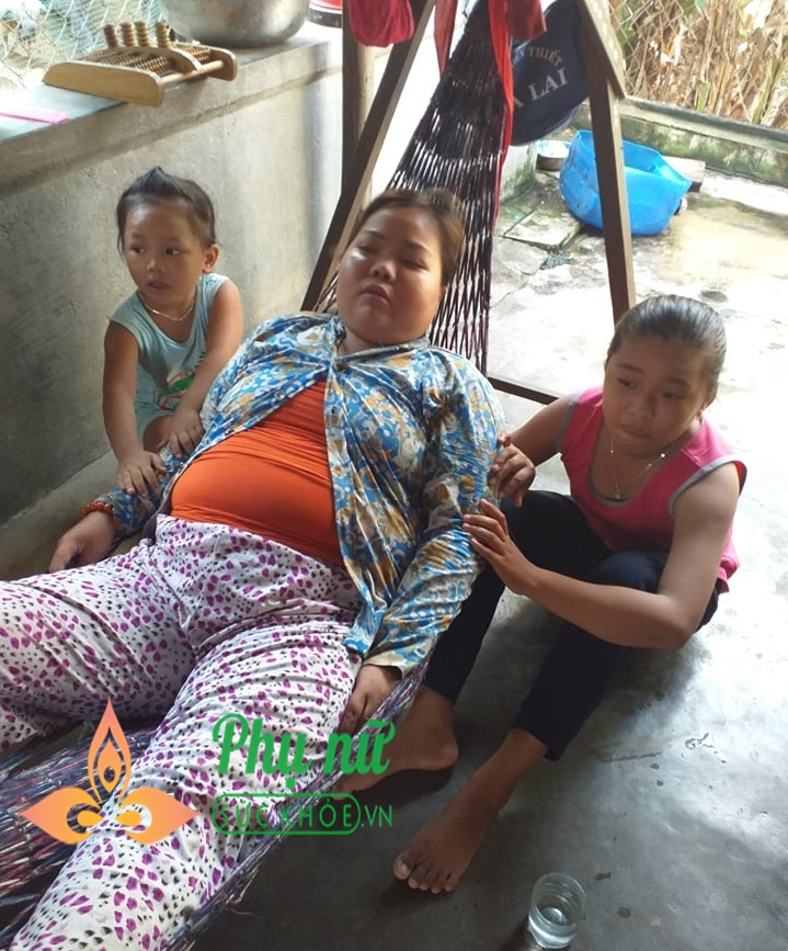 Xót xa người phụ nữ mắc bệnh hư thận bị chồng bỏ rơi, một mình bế tắc nuôi hai con thơ dại - Ảnh 5