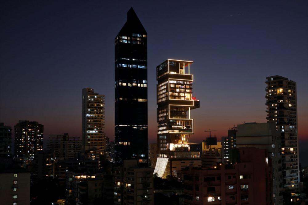 'Đột nhập' ngôi nhà đắt đỏ nhất hành tinh: 6 tầng chỉ để siêu xe? - Ảnh 4