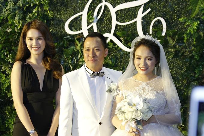 Ngọc Trinh, Vũ Khắc Tiệp cùng loạt sao Việt dự lễ cưới của Nhật Thủy Idol và bạn trai đại gia hơn 14 tuổi - Ảnh 7