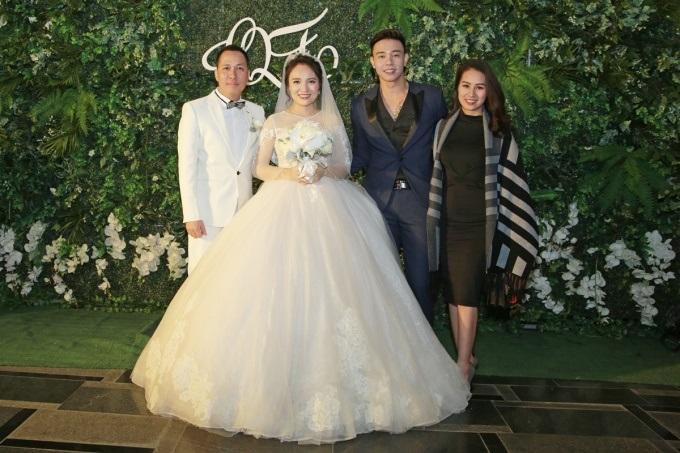 Ngọc Trinh, Vũ Khắc Tiệp cùng loạt sao Việt dự lễ cưới của Nhật Thủy Idol và bạn trai đại gia hơn 14 tuổi - Ảnh 8