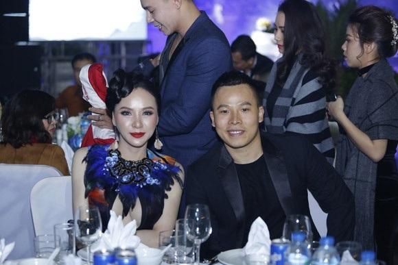 Ngọc Trinh, Vũ Khắc Tiệp cùng loạt sao Việt dự lễ cưới của Nhật Thủy Idol và bạn trai đại gia hơn 14 tuổi - Ảnh 9