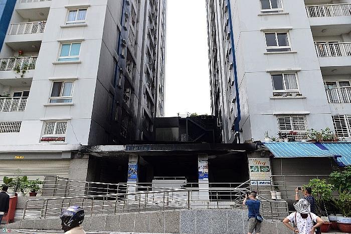 Bé trai 3 tuổi rơi từ tầng 5 chung cư cao cấp xuống đất tử vong: Dân chung cư chỉ dẫn cách để ngăn tai nạn thương tâm cho trẻ - Ảnh 3