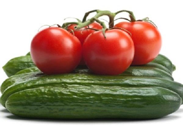 Cách điều trị mụn bằng cà chua an toàn, hiệu quả - Ảnh 2