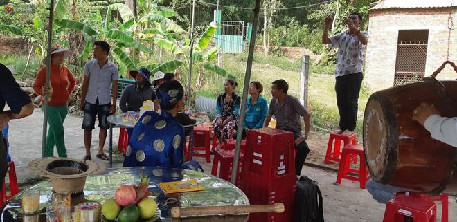 Vụ giết người chôn xác nhiều lần ở Đà Nẵng: Tìm kiếm suốt 5 ngày, mẹ già đau đớn hay tin con bị bạn giết - Ảnh 1