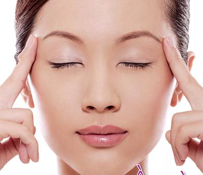 Massage là cách đơn giản giúp giảm đau đầu khi làm việc hiệu quả