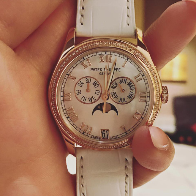 Mai Phương Thúy tiếp tục thể hiện độ chịu chơi khi khoe đồng hồ kim cương có giá hơn 2 tỷ đồng - Ảnh 3
