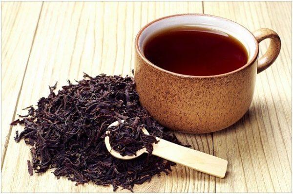 Uống trà đen kiểm soát cân nặng tích cực