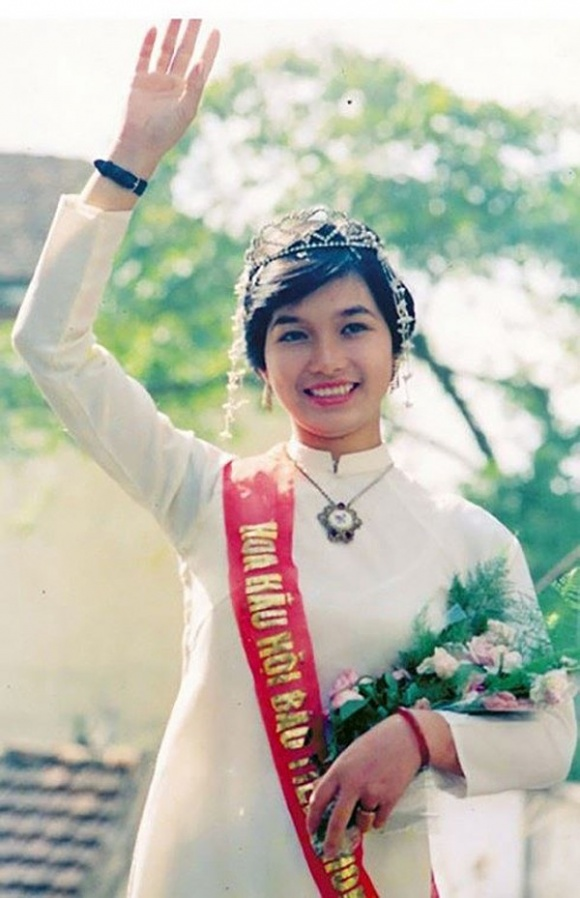 Cuộc sống và nhan sắc của Hoa hậu Bùi Bích Phương sau 30 năm đăng quang - Ảnh 1