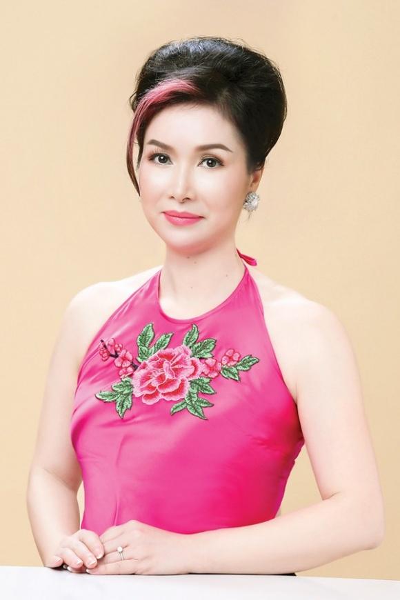 Cuộc sống và nhan sắc của Hoa hậu Bùi Bích Phương sau 30 năm đăng quang - Ảnh 9