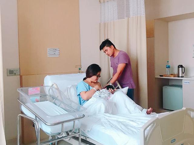 Cách gọi sữa về ngay sau sinh, con hơn 1 tuổi vẫn thoải mái bú của mẹ 8X - Ảnh 1