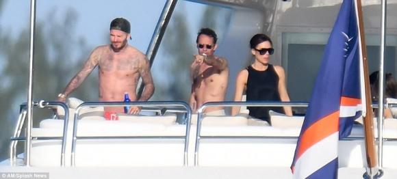 Gia đình David Beckham tiệc tùng thư giãn trên du thuyền hạng sang - Ảnh 3
