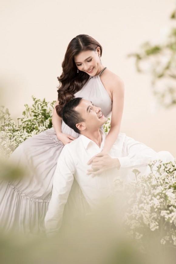 Thúy Diễm mang thai sau 2 năm ngày cưới với Lương Thế Thành? - Ảnh 1