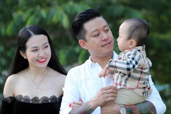 Tuấn Hưng gọi vợ là bà nhân kỷ niệm 4 năm ngày cưới - Ảnh 4