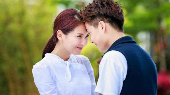 Những 'chiêu' làm nũng siêu lợi hại của phụ nữ làm trái tim đàn ông tan chảy - Ảnh 2