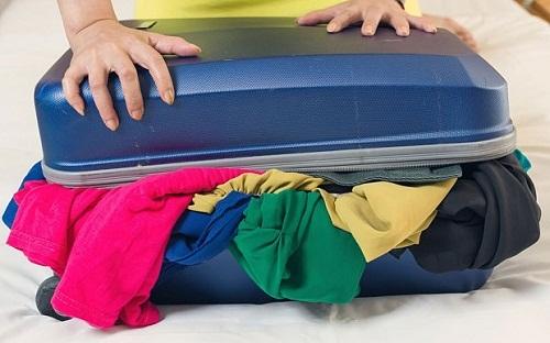 Phí công vô ích nếu mang 7 món đồ này khi đi du lịch - Ảnh 3