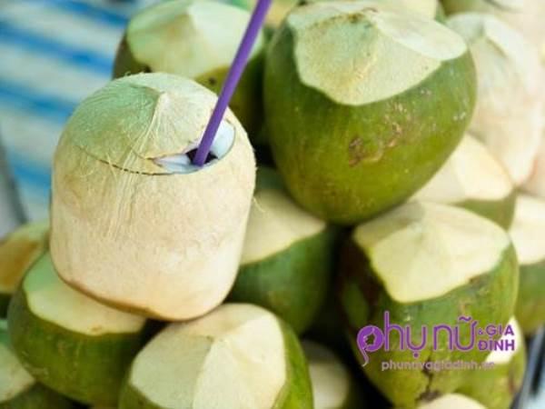 Mỗi sáng 1 trái dừa khi bụng đói, điều kì diệu gì xảy ra với cơ thể sau 7 ngày? - Ảnh 1