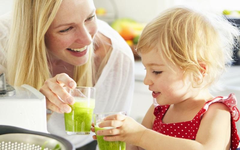 Nước ép trái cây có thực sự lành mạnh và tốt cho con bạn? - Ảnh 1