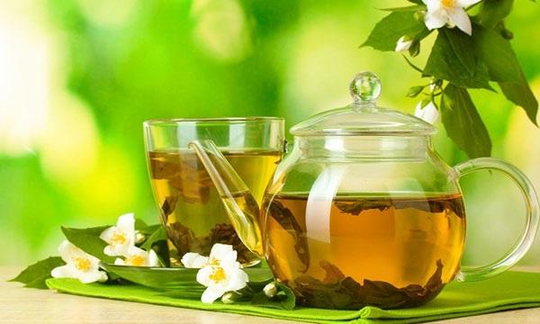 Nước uống giảm cân cấp tốc với trà xanh