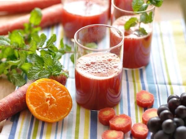 Nước ép rau củ quả hỗ trợ giảm cân sau sinh nhanh chóng