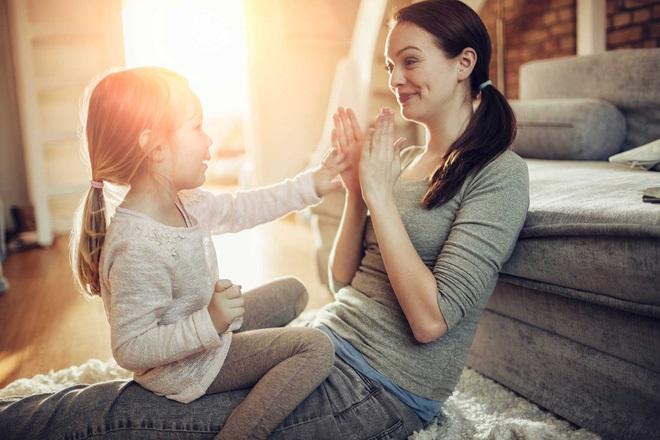 8 bí mật của những ông bố, bà mẹ nuôi dạy con thành công và hạnh phúc - Ảnh 2