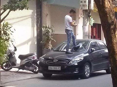 Muôn vàn cách xử lý của chủ nhà khi bị đậu xe chắn lối ra vào - Ảnh 5