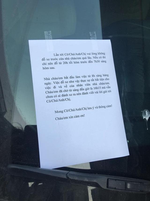 Muôn vàn cách xử lý của chủ nhà khi bị đậu xe chắn lối ra vào