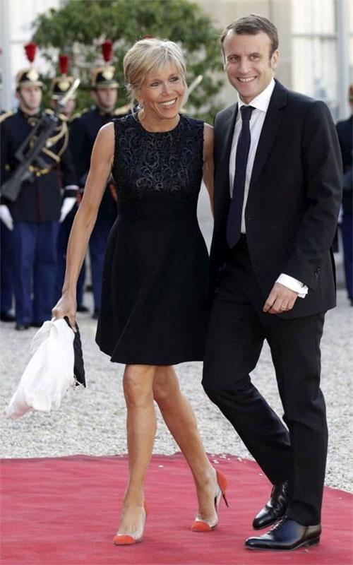 Phong cách thời trang của vợ Tổng thống Pháp mới đắc cử - Ảnh 7