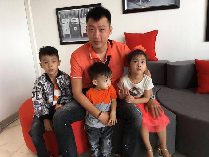 'Trốn con' đi kỷ niệm 9 năm ngày cưới, Ốc Thanh Vân và chồng khiến chị em trầm trồ khi vẫn lãng mạn, ngọt ngào như thuở mới yêu - Ảnh 9