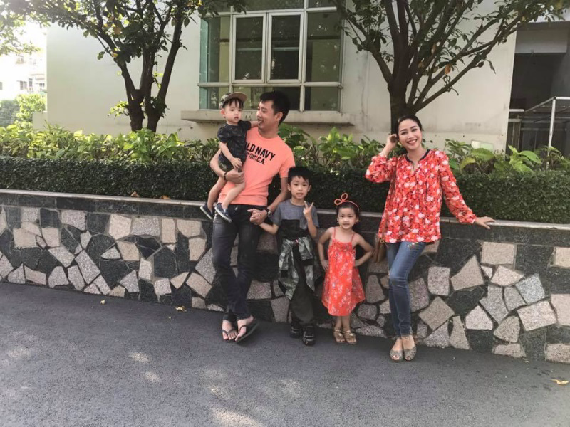 Cuộc sống của những gia đình đông con nhất showbiz Việt - Ảnh 7