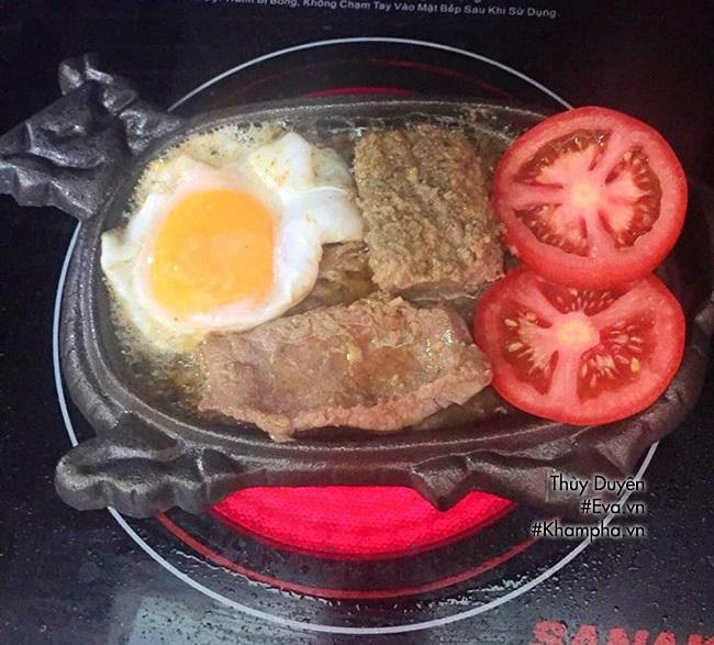 Bữa sáng no bụng với bò né ốp la đơn giản dễ làm - Ảnh 5