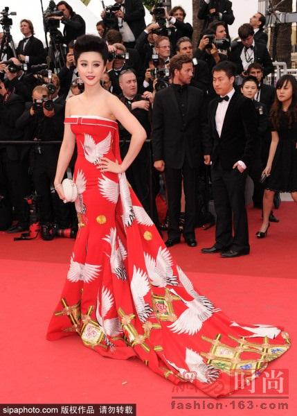 Những bộ cánh đẹp nhất của Phạm Băng Băng tại các mùa Liên hoan phim Cannes - Ảnh 8