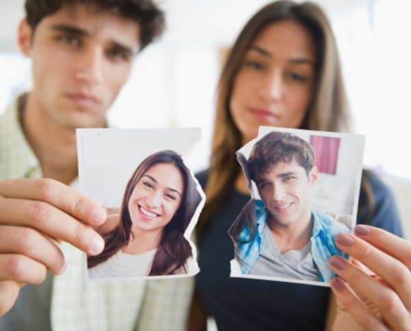 Phải làm gì để cứu vãn một cuộc hôn nhân đang dần 'chết' đi? - Ảnh 2