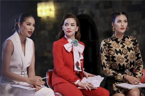 Tài năng và kinh nghiệm của 3 huấn luyện viên The Look Việt Nam, ai hơn ai?  - Ảnh 3