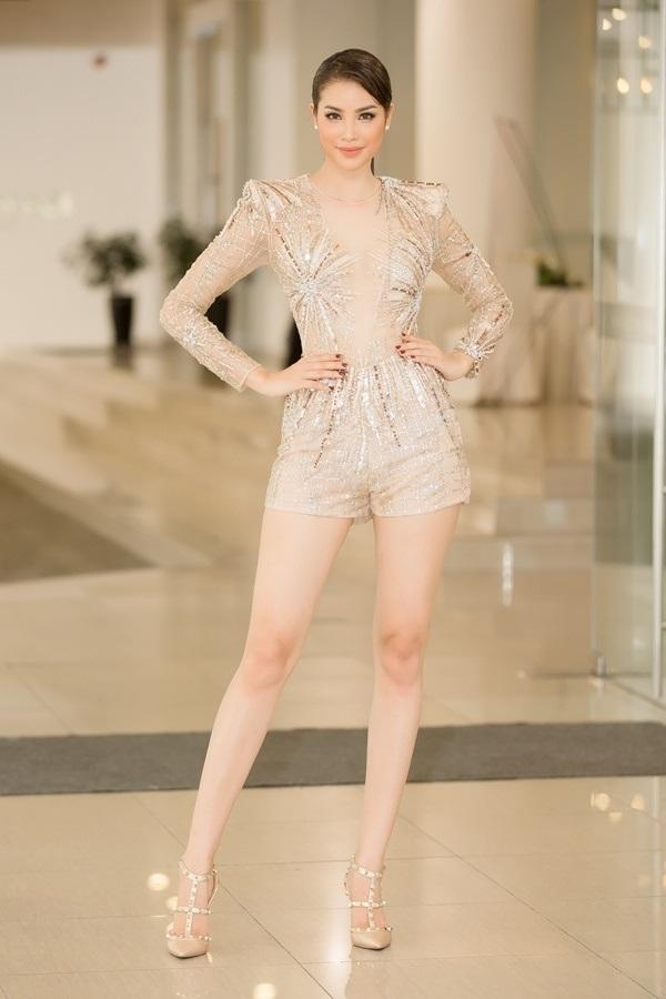 Phạm Hương lộng lẫy tại Tôi là Hoa Hậu Hoàn Vũ Việt Nam 2017