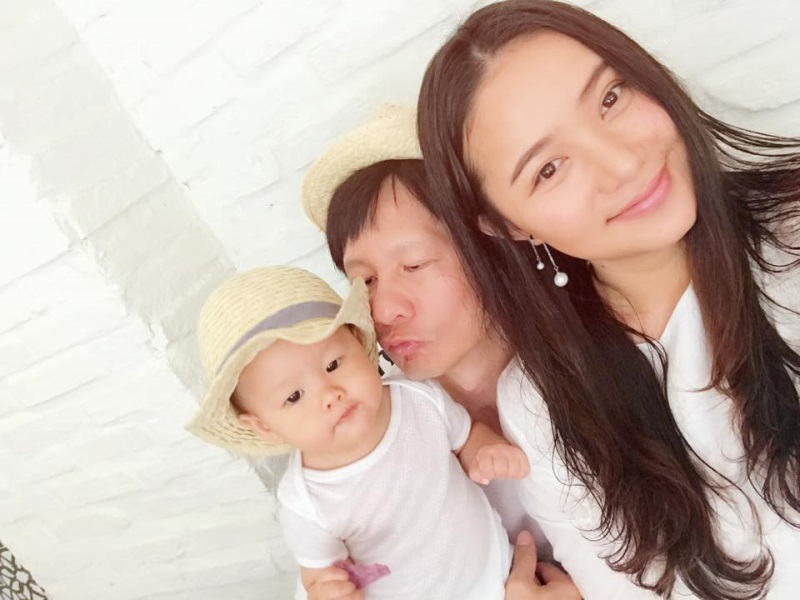 Sao Việt: 3 ông chồng chuẩn 'soái ca' được cư dân mạng cực kỳ ngưỡng mộ - Ảnh 6