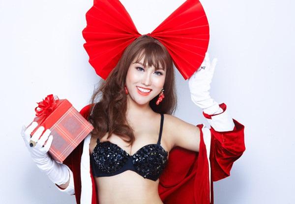 Phi Thanh Vân tung ảnh Giáng sinh đẹp ngỡ ngàng bên con trai - Ảnh 7