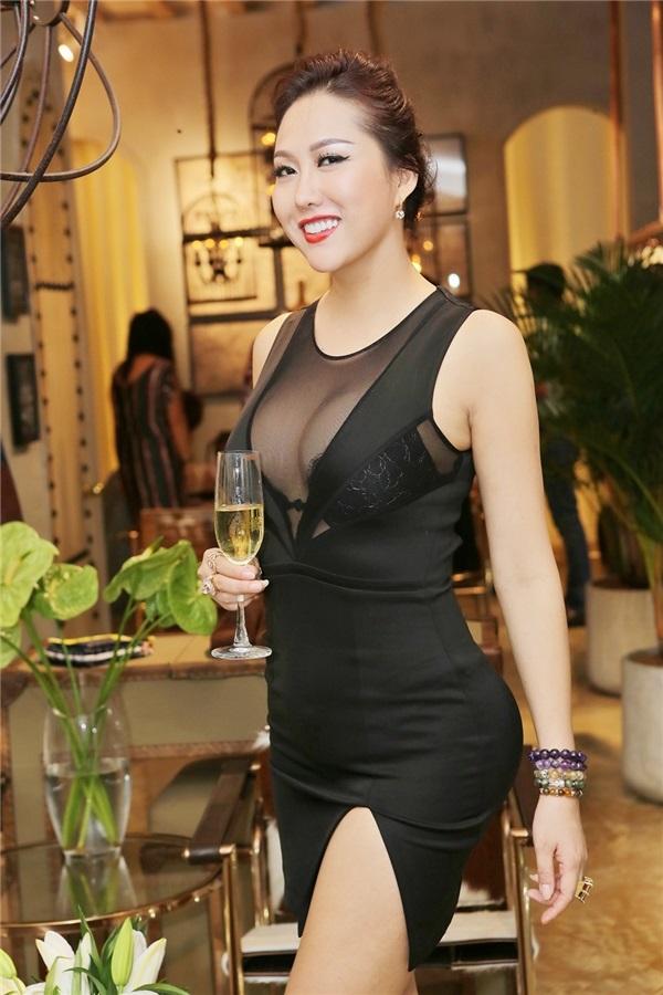 Phi Thanh Vân tuyên bố có chiến lược vừa giữ hình ảnh sao hạng A vừa thành công trong kinh doanh - Ảnh 3
