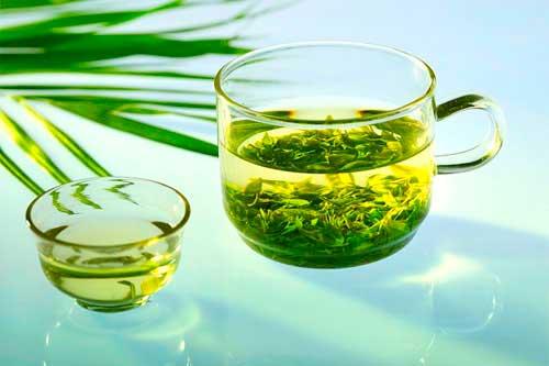 Uống trà tim sen mỗi ngày giúp trị mất ngủ hiệu quả