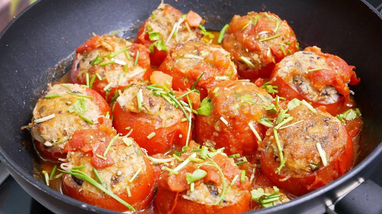 Sự kết hợp giữa cà chua và thịt mang đến cho bạn nhiều trải nghiệm thú vị khi ăn - Ảnh minh họa: Internet