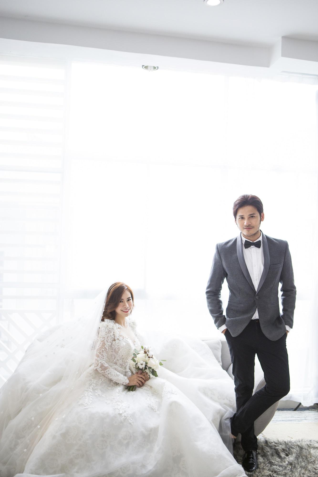 Diễn viên Gạo nếp gạo tẻ 'khoá môi' bạn trai ngọt ngào trong ảnh cưới - Ảnh 9