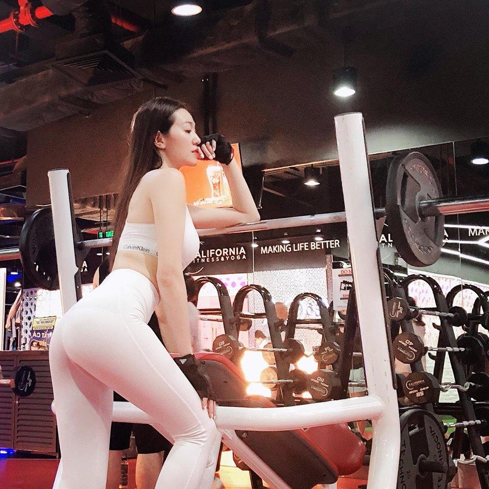 Soán ngôi Angela Phương Trinh, người đẹp từng từ chối tình cảm của Trường Giang đích thị là 'nữ hoàng phòng gym' - Ảnh 6