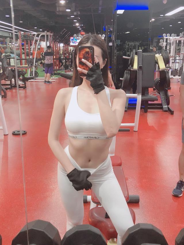 Soán ngôi Angela Phương Trinh, người đẹp từng từ chối tình cảm của Trường Giang đích thị là 'nữ hoàng phòng gym' - Ảnh 9