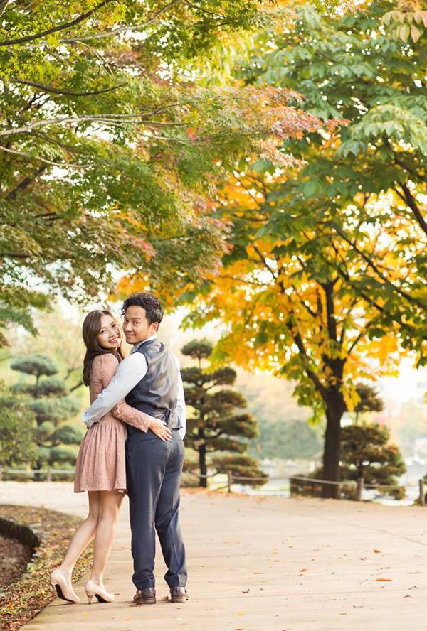 Đinh Tiến Đạt chụp ảnh tình tứ cùng bà xã tại quê hương 'tình cũ' Hari Won - Ảnh 10