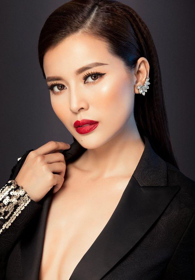Cao Thái Hà: 'Sắc đẹp, danh vọng dễ khiến người đẹp thành mồi ngon cho kẻ xấu gạ gẫm' - Ảnh 1